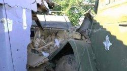 «Пьяное» ДТП в Николаеве: «Урал» с военными протаранил жилой дом