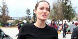 Джоли бросает карьеру ради политики