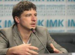 Повышение тарифов приведет к росту недовольства в обществе - Луценко