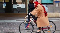 В Запорожье сбили пожилую велосипедистку