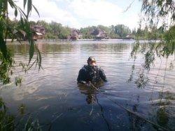 На Киевщине в реке нашли тело девушки