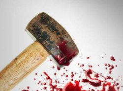 На Полтавщине мужчина забил отца до смерти молотком