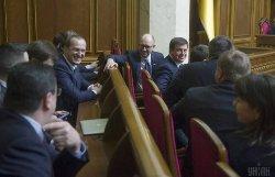 Яценюк оставил Гройсману неприятное наследство — политолог