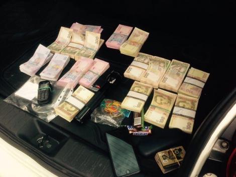В Киеве СБУ «накрыла» конвертцентр c оборотом в почти 500 млн грн