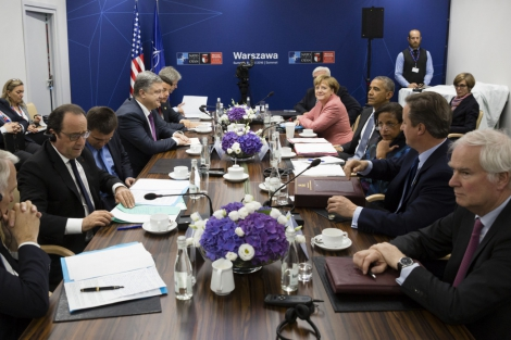 Большая пятерка поддержала позицию Украины по выборам на Донбассе  -  президент