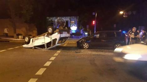 Масштабное ДТП в Киеве: разбиты две машины, одна  -  приземлилась на крышу