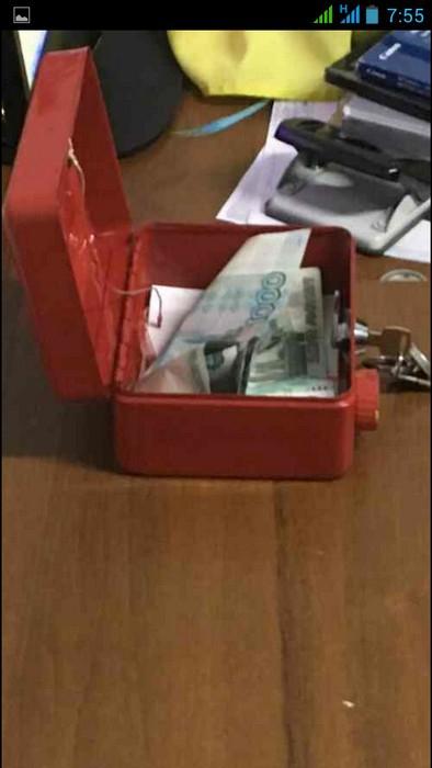На админгранице с Крымом таможенник «погорел» на взятке в 10 тыс. рублей