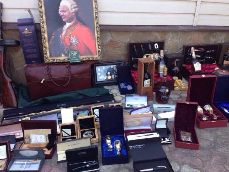 У чиновника мэрии Харькова при обыске нашли портреты «а-ля Наполеон»