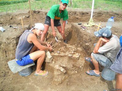 Под Мариуполем нашли останки древнего человека ростом более 2 метров