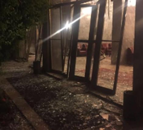 Турецкая власть заявила, что переворот подавлен, но стрельба в Стамбуле и Анкаре продолжается