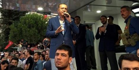 Эрдоган потребовал от Обамы выдать возможного организатора переворота Гюлена
