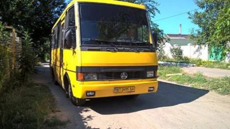 На избирательные участки Херсонщины автобусами привозили «избирателей»