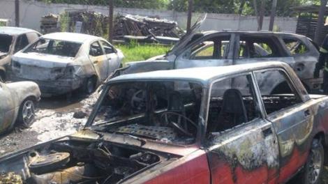 На Киевщине пожар на штрафплощадке уничтожил 8 авто