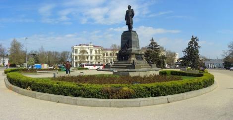 В Севастополе оккупанты запретили жителям проводить митинг возле «офиса» Путина