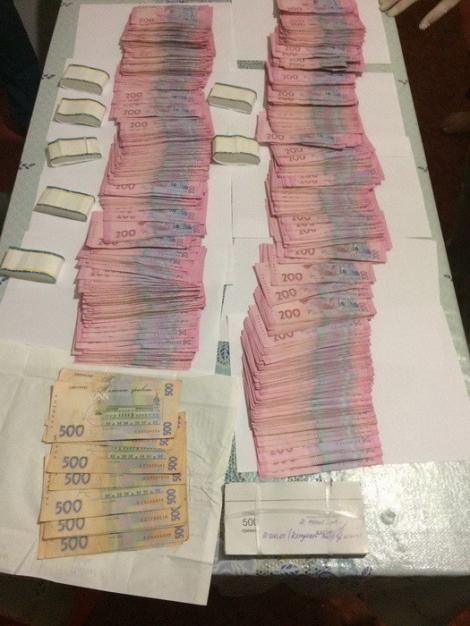 На Полтавщине прокурор вымогал у фермера $19 тыс. за 60 га земли