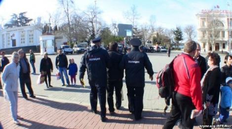Оккупанты жестко ограничили перечень мест для митингов в Крыму