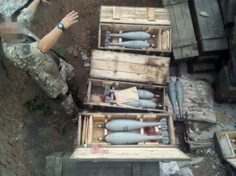 Под Волновахой нашли тайник с более чем сотней минометных мин