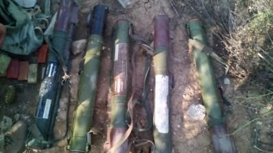 На Донетчине обнаружили тайник боевиков: гранатометы РПГ-22 и гранаты