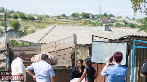 Цыгане вывезли вещи и покинут село, где убили девочку