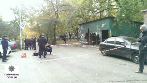 В Киеве патрульные задержали мужчину, который пытался в них стрелять
