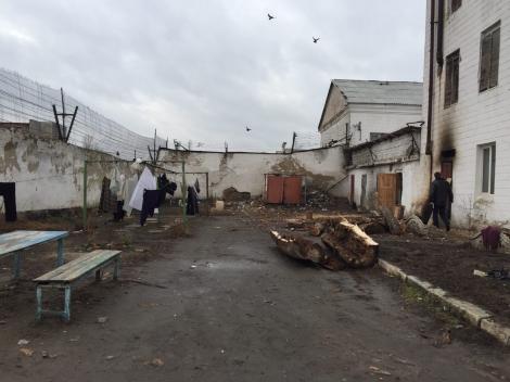 Против руководства колонии на Житомирщине открыто дело после проверки Луценко