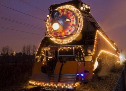 19 декабря в Киеве, Львове и Харькове будут курсировать поезда святого Николая