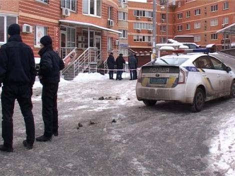 На Дарнице в Киеве женщина выбросила из окна 3-летнего сына и выпрыгнула сама