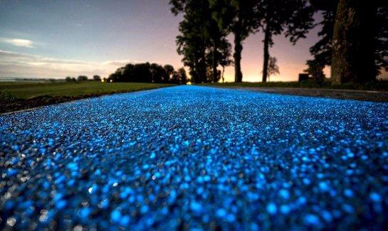 В Польше придумали светящиеся велодорожки, заряжающиеся от солнца