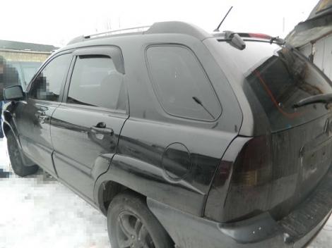 В Киеве угонщик выкрал джип, используя эвакуатор