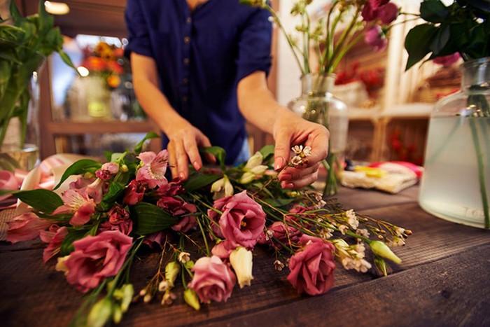 Искусственные цветы для флористических композиций