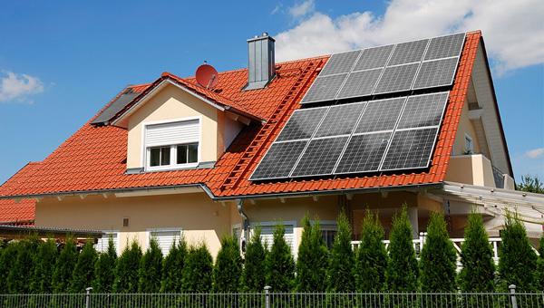 Сонячна електромережа для кожного будинку