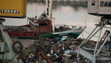 Волонтер рассказала о продаже оккупантами в Турцию украинского металла из Крыма