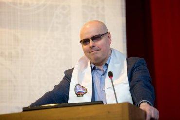 В России предлагают разрешить голосовать всем умершим