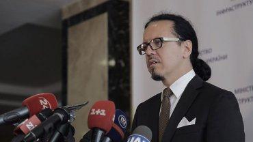 За отставкой Бальчуна может последовать отставка Омеляна – эксперт  Источник: http://ru.golos.ua/politika/za_otstavkoy_balchuna_mojet_posledovat_otstavka_omelyana__ekspert_3700 Golos.ua © 2015