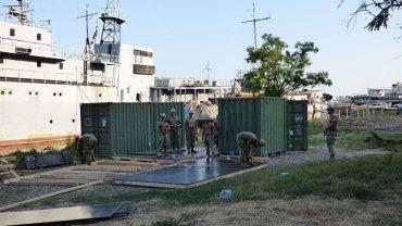 Военные США приступили к строительству базы ВМС в Украине