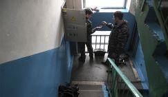 Медведев застроит Россию избушками