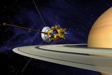 Станция Cassini уничтожена на Сатурне
