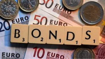 Правительство непрофессионально разместило евробонды – экономист