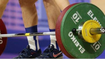 Россию на год отстранили от международный соревнований по тяжелой атлетике