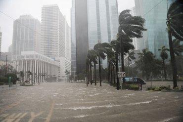 Ураган Ирма унес жизни более 60 человек