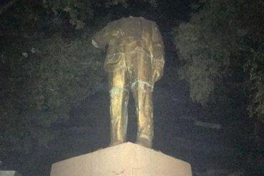 В Одесской области отпилили голову отреставрированному памятнику Ленину