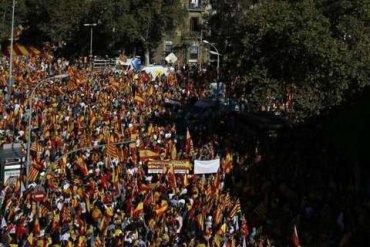 В Барселоне миллион человек вышли на митинг за единство Испании