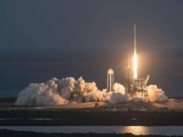 SpaceX второй раз за неделю успешно запустила Falcon 9