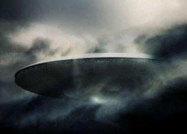 Над США пролетел полупрозрачный НЛО