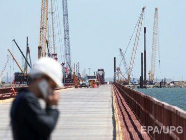 В Крыму асфальтируют подъезды к Керченскому мосту