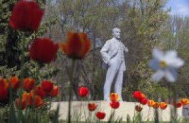 В селе Одесской области восстановили памятник Ленину