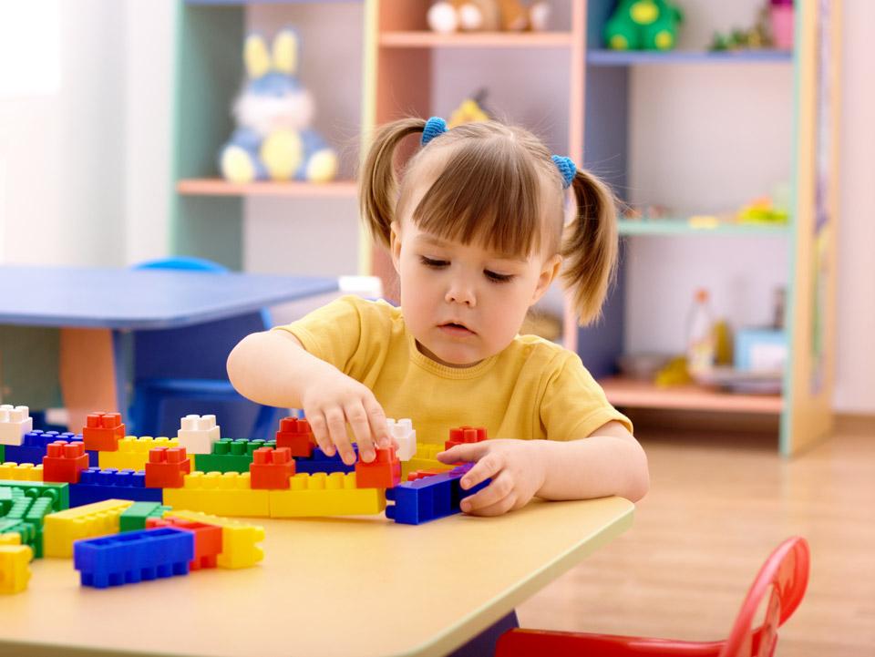 Конструктор для детей как подарок на день рождения