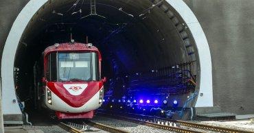 «Укрзализныця» открыла движение  Бескидским тоннелем