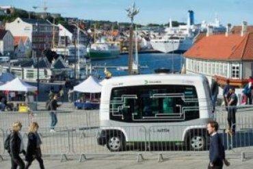 В Норвегии запускают медленный беспилотный автобус