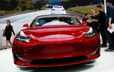Маск рассказал о «потрясающей» двухмоторной Tesla